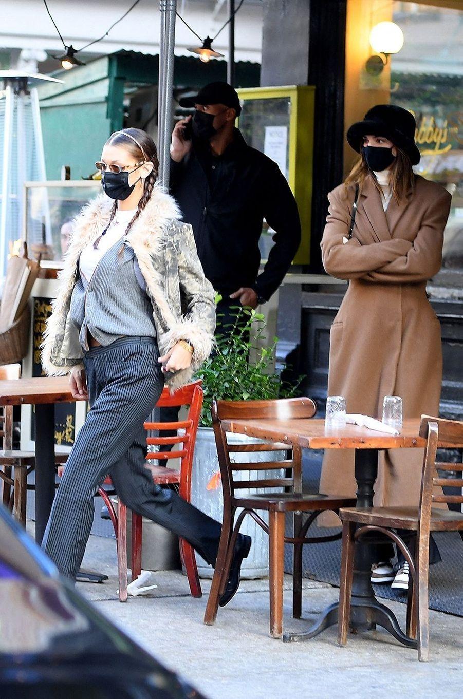 Bella Hadid et Kendall Jennerà New York le 19 novembre 2020