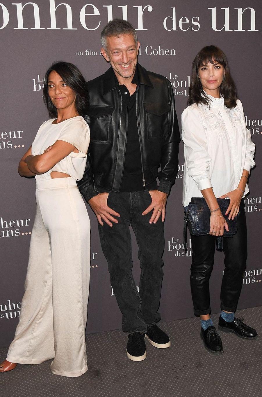Florence Foresti, Vincent Cassel et Bérénice Béjoà l'avant-première du film «Le Bonheur des uns...» au cinéma Pathé Opéra Premier à Paris, le 8 septembre 2020