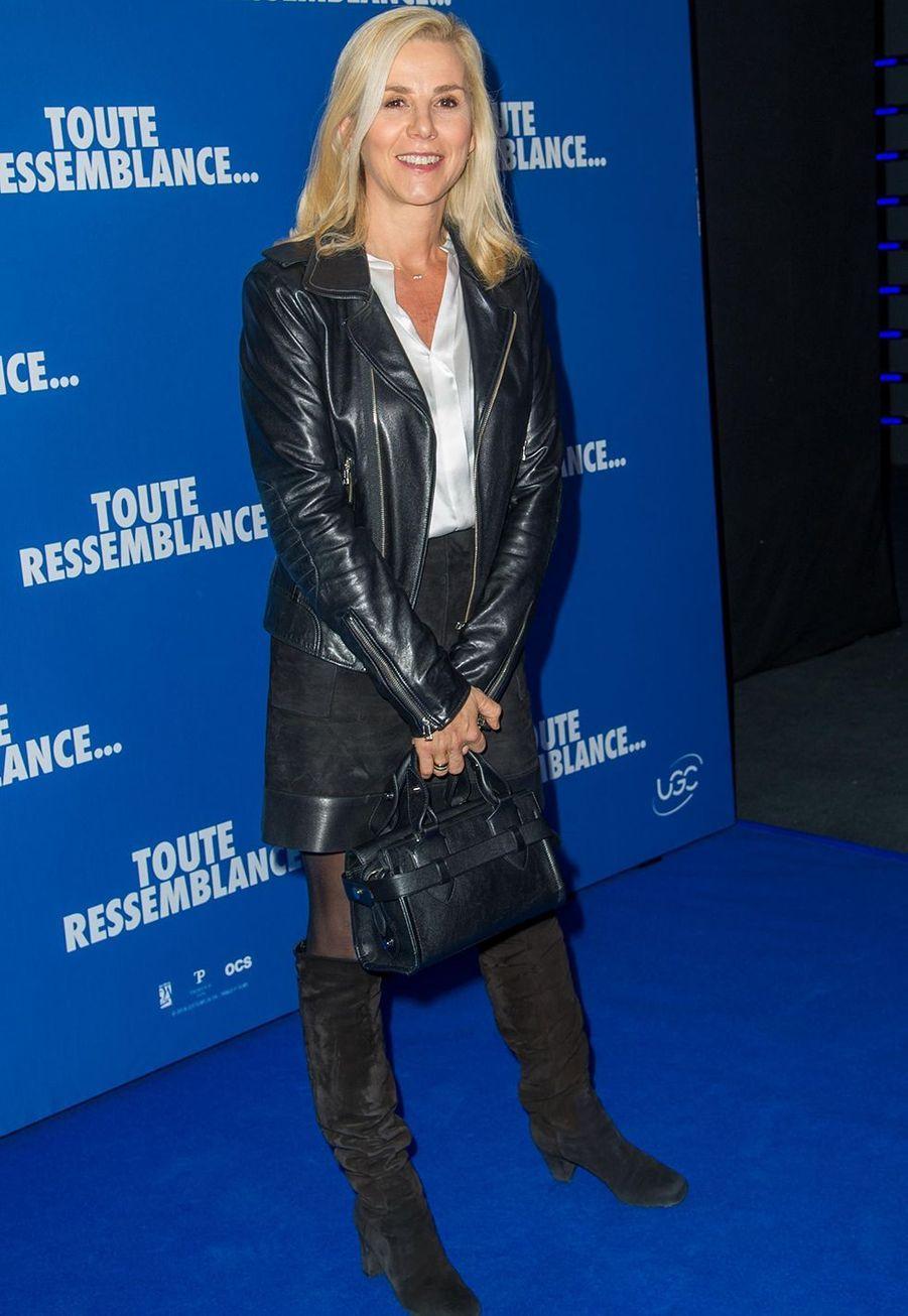 """Laurence Ferrarilorsde l'avant-première du film """"Toute ressemblance..."""" au cinéma UGC Ciné Cité Les Halles à Paris, le lundi 25 novembre 2019."""