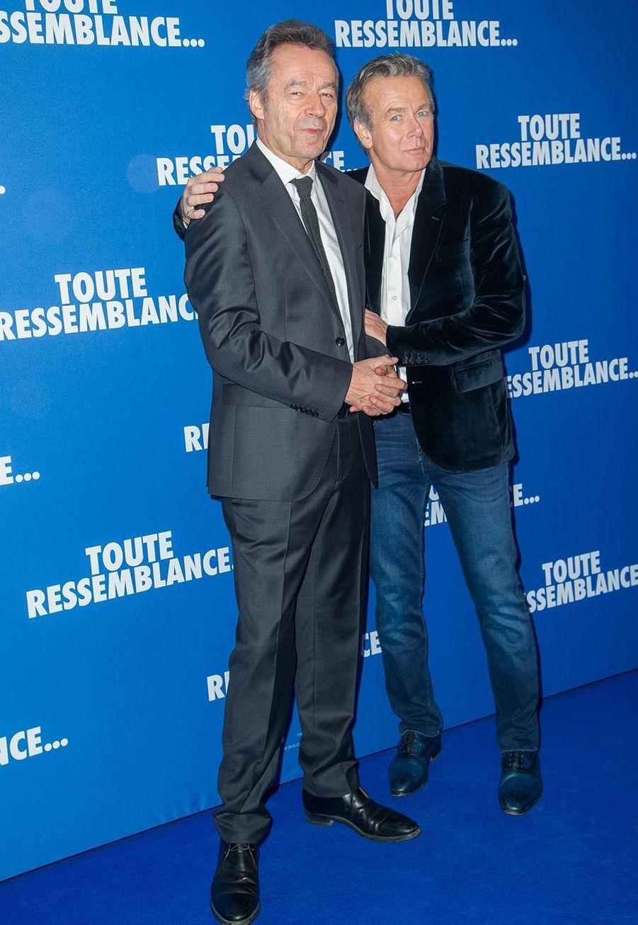 """Michel Denisot et Franck Dubosclorsde l'avant-première du film """"Toute ressemblance..."""" au cinéma UGC Ciné Cité Les Halles à Paris, le lundi 25 novembre 2019."""
