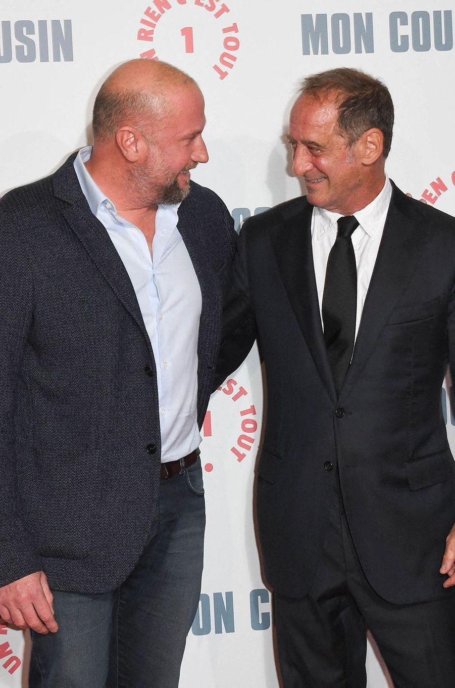 François Damiens et Vincent Lindonà l'avant-première du film«Mon Cousin» au Grand Rex à Paris le 28 septembre 2020