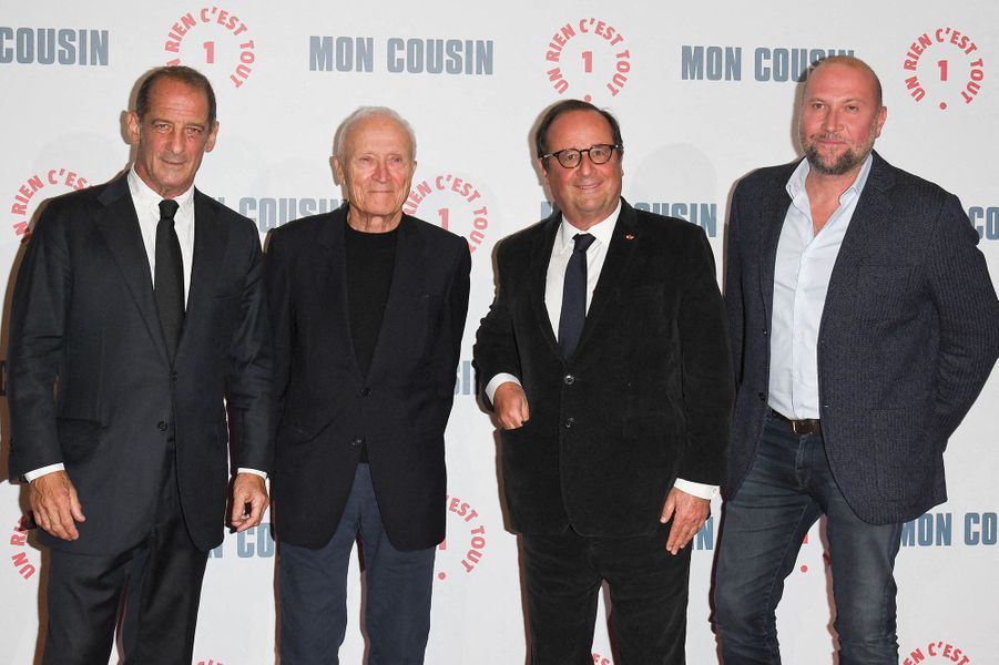 Vincent Lindon, Jérôme Seydoux, François Hollande et François Damiensà l'avant-première du film«Mon Cousin» au Grand Rex à Paris le 28 septembre 2020