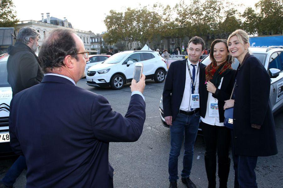 François Hollande et Julie Gayet dimanche à laFoiredu livre deBrive.
