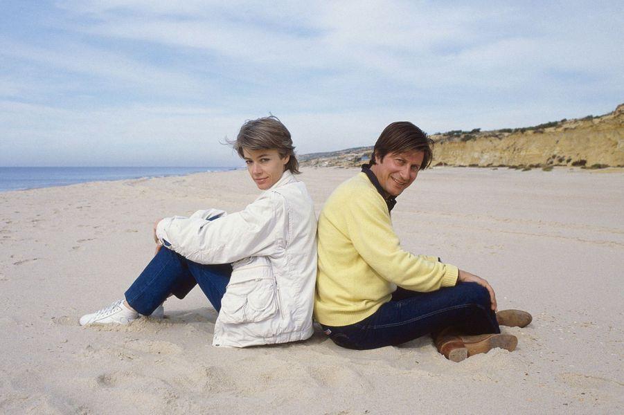 """Jacques Dutronc et Françoise Hardy tournent le film """"Sarah"""" en Andalousie."""