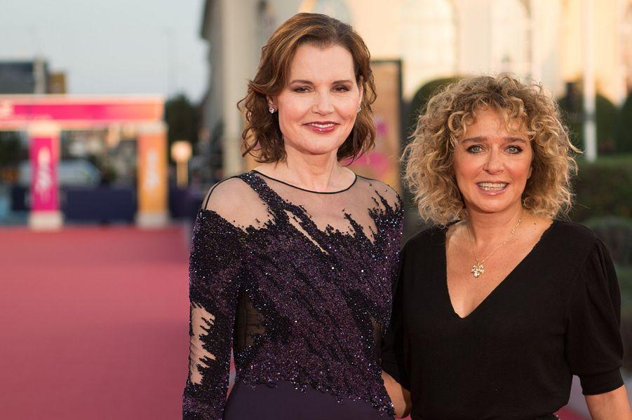 L'actrice américaine Geena Davis et la réalisatrice italienne Valeria Golino lors du 45e Festival de Deauville