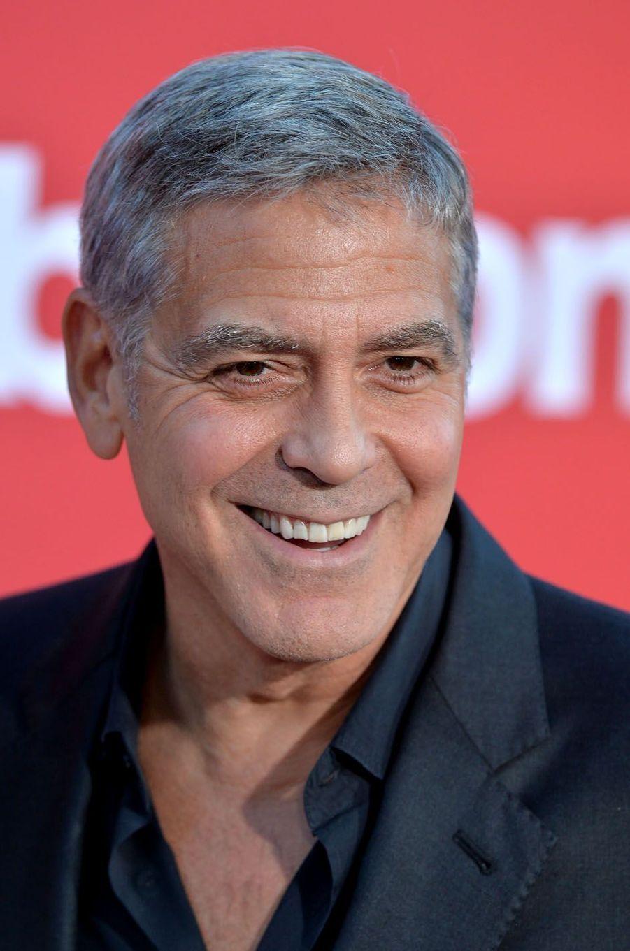 """George Clooneyà l'avant-première de """"Suburbicon"""", le 22 octobre 2017 à Los Angeles."""