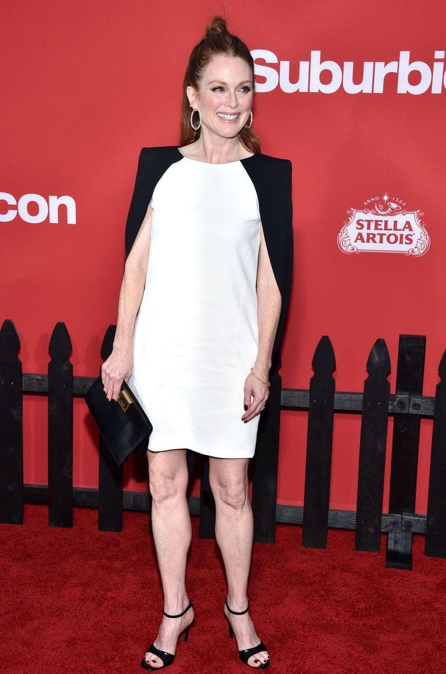 """Julianne Mooreà l'avant-première de """"Suburbicon"""", le 22 octobre 2017 à Los Angeles."""