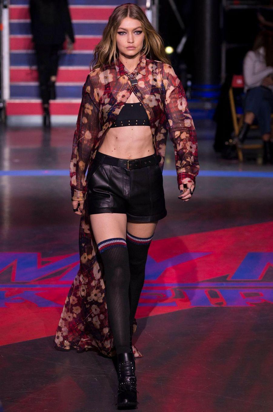 Gigi Hadidau défilé Tommy Hilfiger, le 19 septembre 2017.