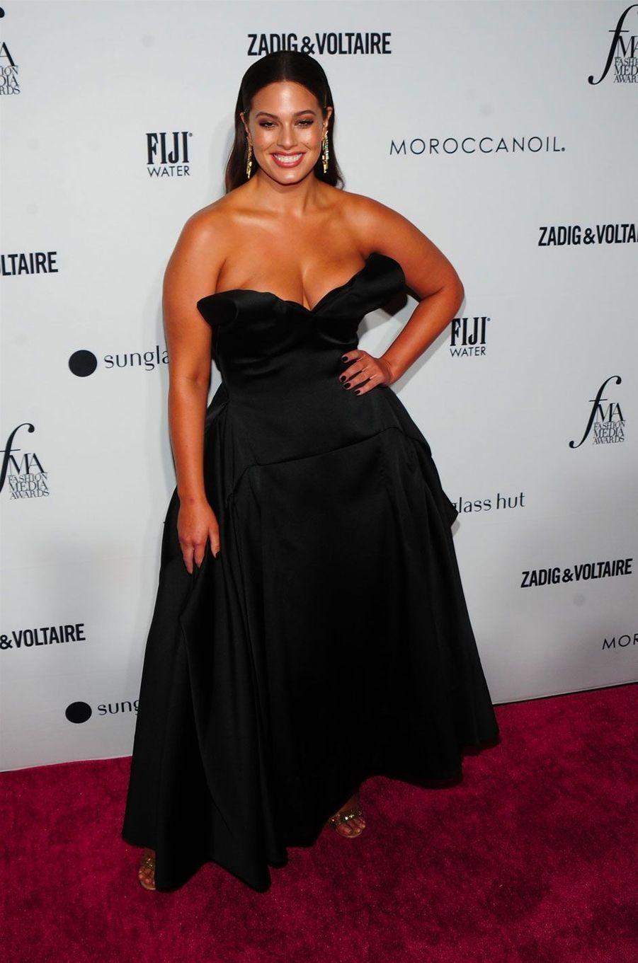 Ashley Graham à la soirée des Daily Front Row's Fashion Media Awards à New York, le 6 septembre 2018