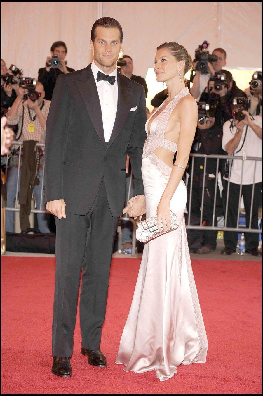 Tom Brady et Gisele Bündchen lors de la soirée de gala au Metropolitan Museum de New York, le 5 mai 2008