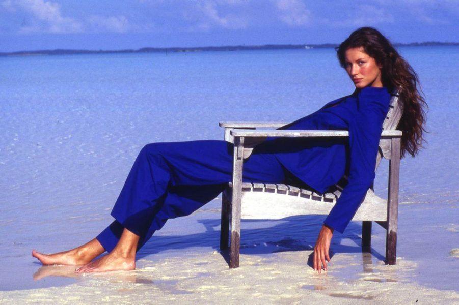 Gisele Bündchen lors d'un shooting pour sa première couverture du magazine«Vogue US» en 1999