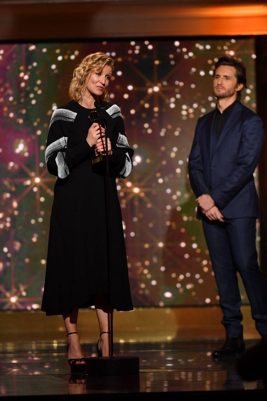 """Alexandra Lamy (meilleure actrice de comédie dans """"Tout le monde debout"""")à la 14ème cérémonie des Globes de Cristal, à la salle Wagram à Paris, le 4 février 2019"""