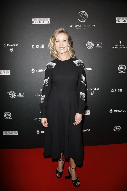 Alexandra Lamysur le tapis rouge de la 14e édition des Globes de Cristal à Paris le 4 février 2019