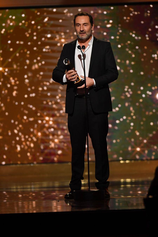 """Gilles Lellouche(meilleur film de comédie pour """"Le Grand Bain"""")à la 14ème cérémonie des Globes de Cristal, à la salle Wagram à Paris, le 4 février 2019"""