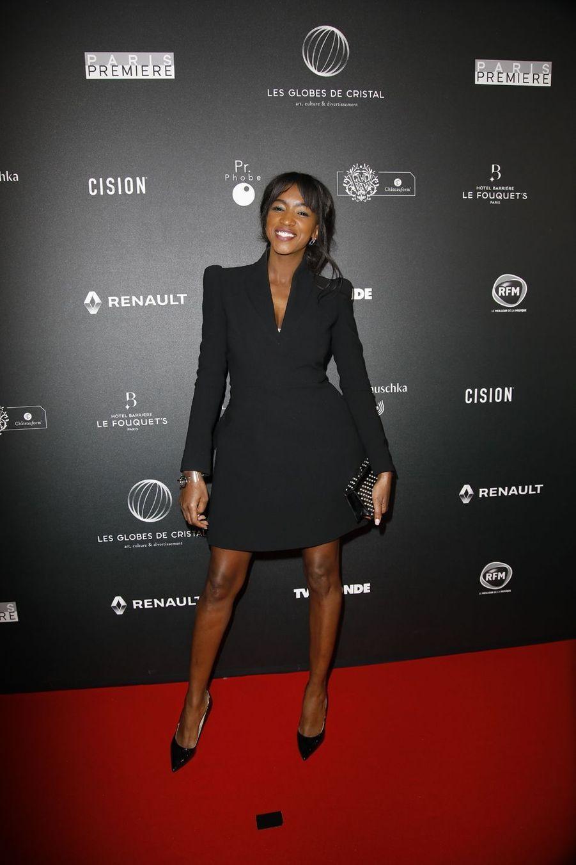 Hapsatou Sysur le tapis rouge de la 14e édition des Globes de Cristal à Paris le 4 février 2019