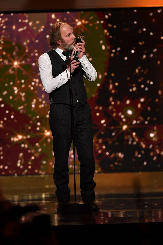 """Philippe Katerine (meilleur acteur de comédie dans """"Le Grand Bain"""")à la 14ème cérémonie des Globes de Cristal, à la salle Wagram à Paris, le 4 février 2019"""