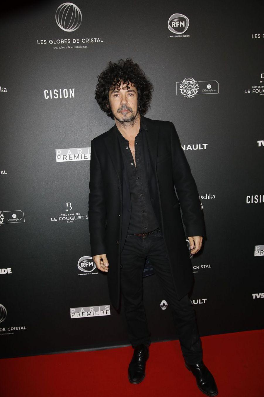Yarol Poupaudsur le tapis rouge de la 14e édition des Globes de Cristal à Paris le 4 février 2019
