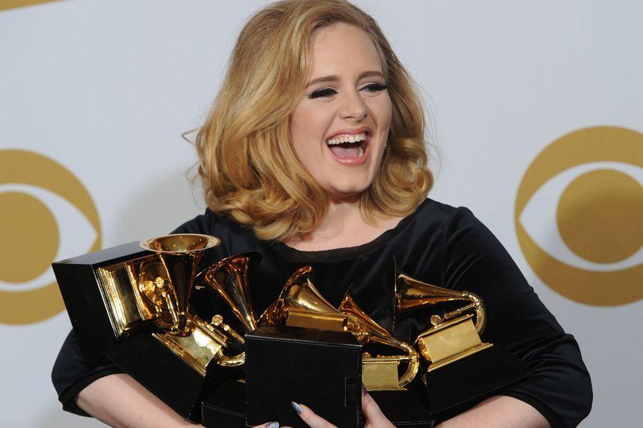 """Le 13 février 2012, Adele remportait six Grammy Awards dont celui de l'album de l'année pour """"21""""."""