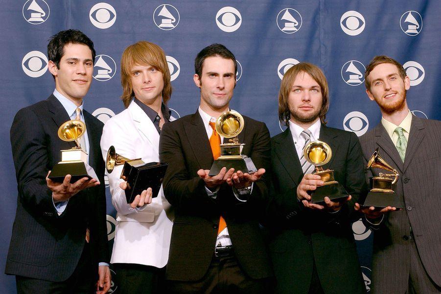 Maroon 5 aux Grammy Awards le 13 février 2005. Le groupe avait remporté le trophée du meilleur nouvel artiste.