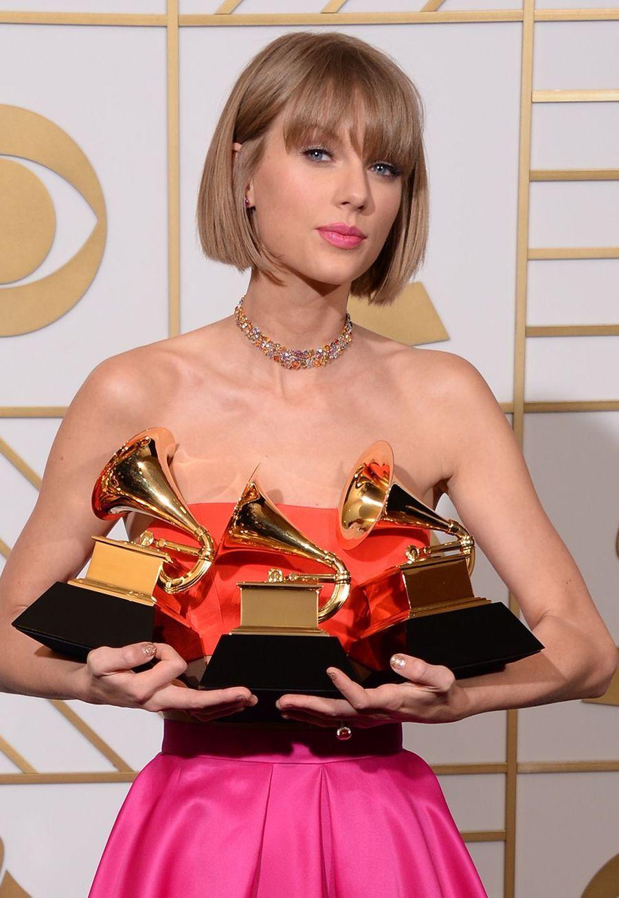 """La même année, Taylor Swift s'offrait trois Grammy Awards dont celui du meilleur album de l'année pour """"1989""""."""