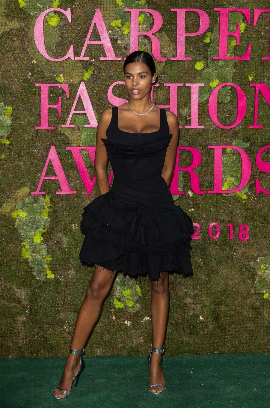 Tina Kunakey aux Green Fashion Awards à Milan, le 23 septembre 2018