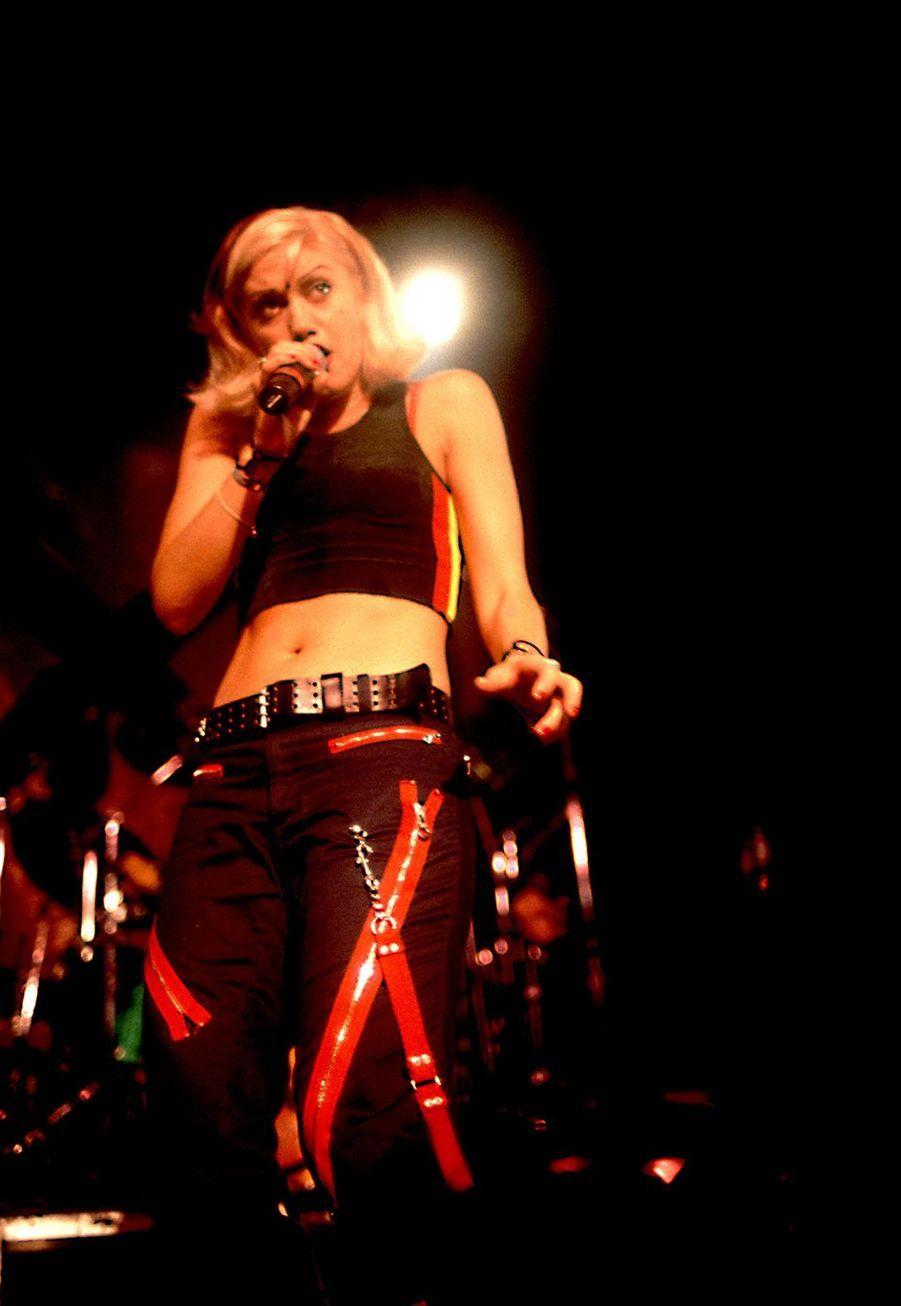 Gwen Stefani durant un concert à Chicago en 1996.