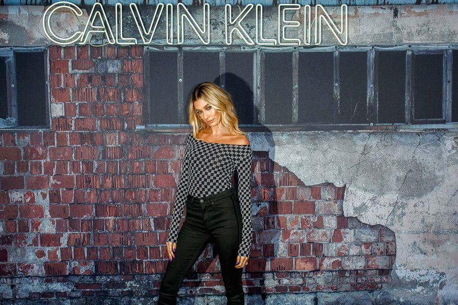 Hailey Bieberà la soirée Calvin Klein à Berlin, le 20 novembre 2019.
