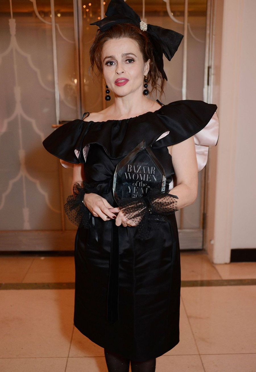 Helena Bonham Carter à la soirée Harper's Bazaar Women of the Year Awards à Londres le 29 octobre 2019