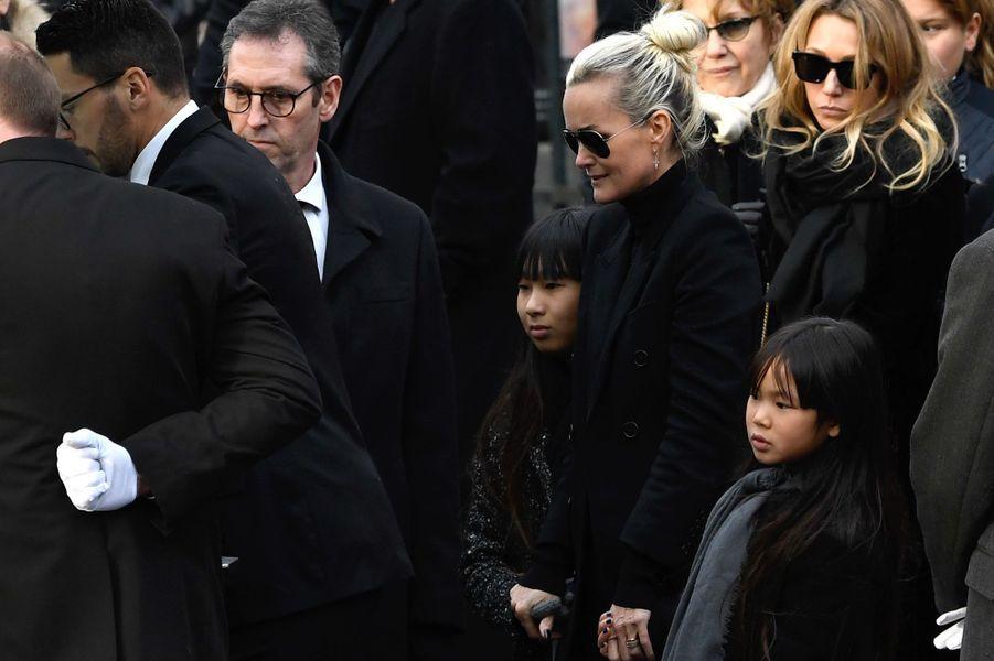Hommage de Johnny Hallyday: L'adieu de Laeticia, Jade et Joy