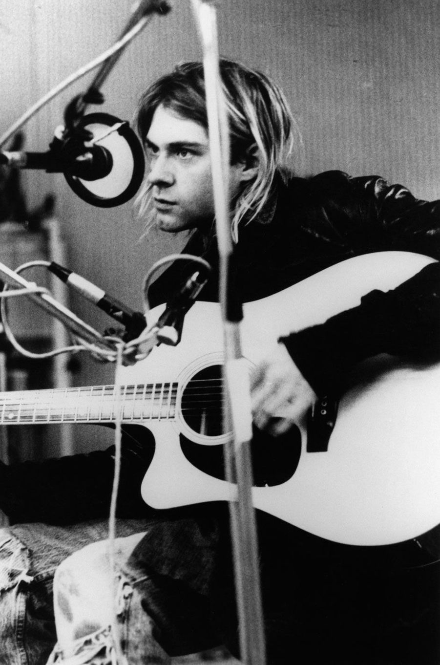 Kurt Cobain en train d'enregistrer aux StudiosHilversum