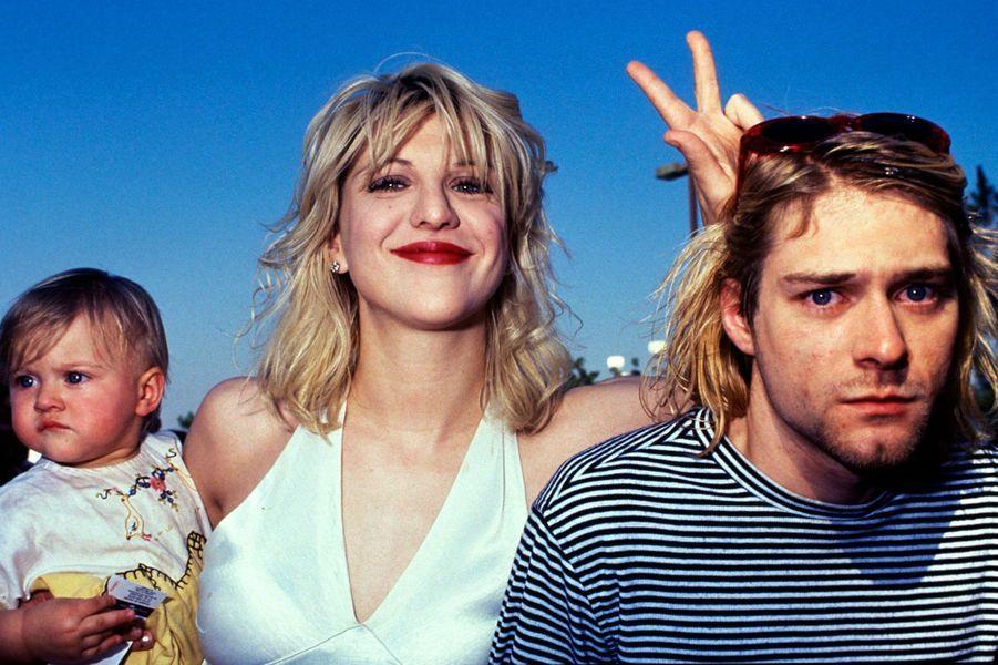 Kurt Cobain, Courtney Love et leur enfant aux MTV Music Awards 1993