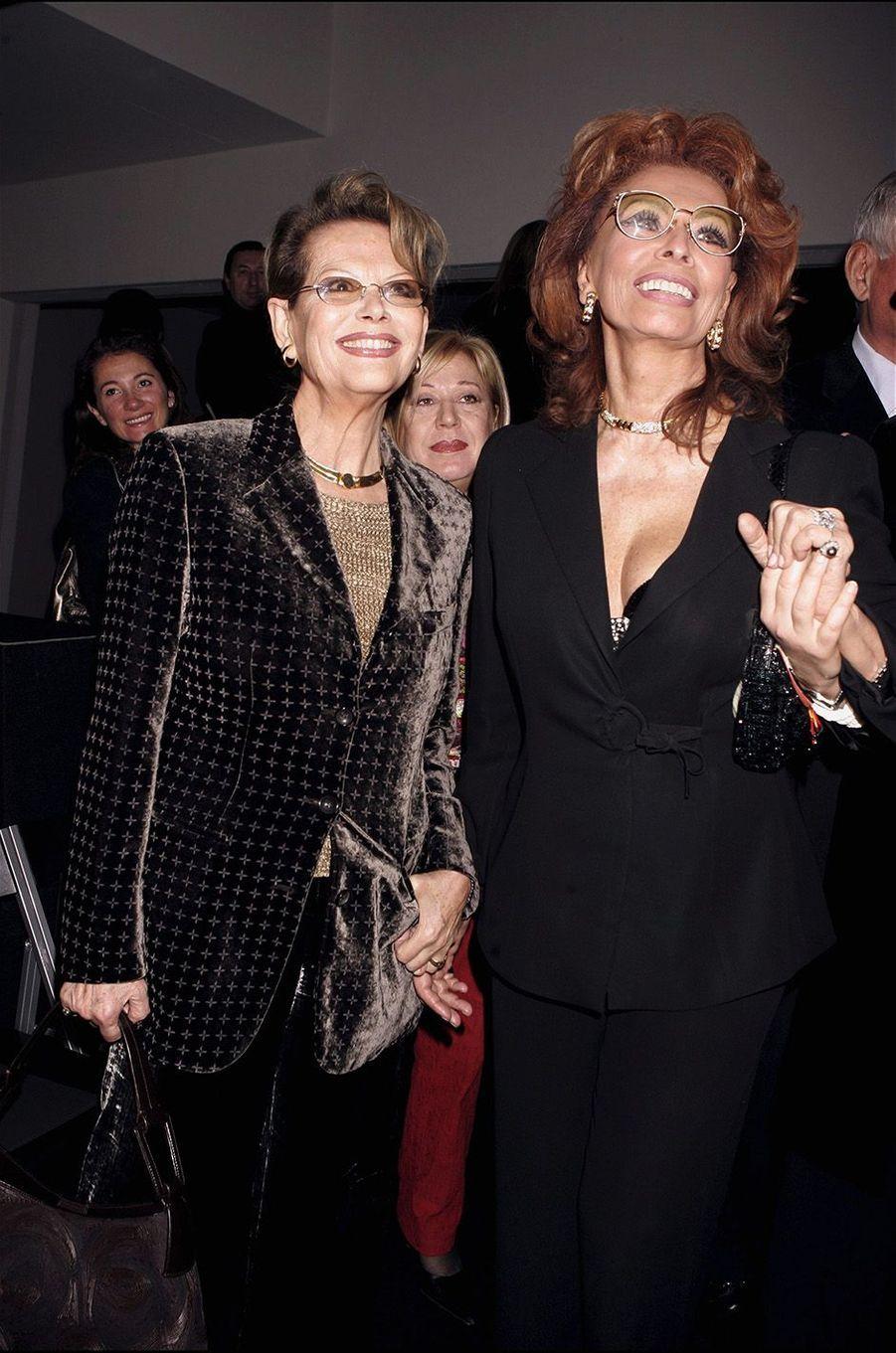 Claudia avec Sophia Lauren en 2006.