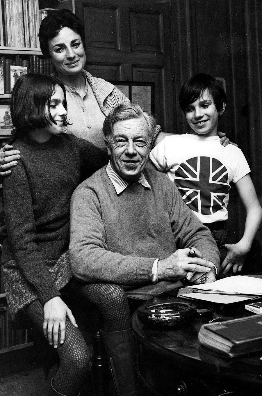 Daniel Day-Lewis avec sa famille dont son père, le célèbre poète irlandais Cecil Day Lewis.