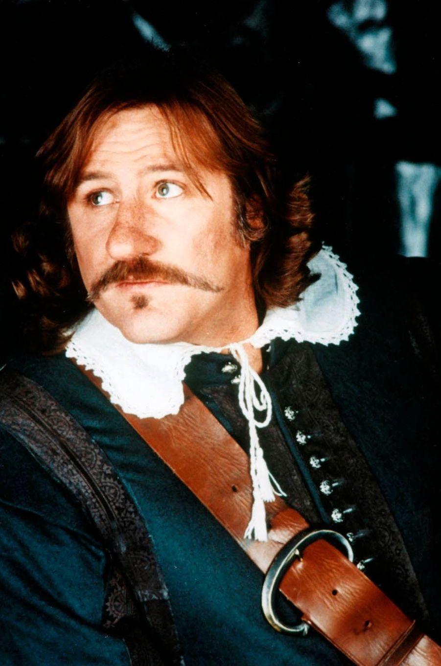 "Gérard Depardieu en 1990 dans ""Cyrano de Bergerac""."