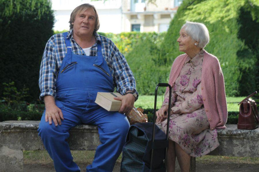 """Gérard Depardieu dans """"La tête en friche"""" en 2010, aux côtés de Gisèle Casadesus."""