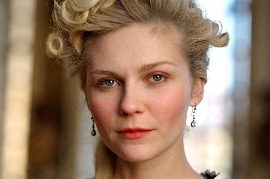 "Kirsten Dunst en 2006 dans ""Marie-Antoinette"", film de Sofia Coppola"