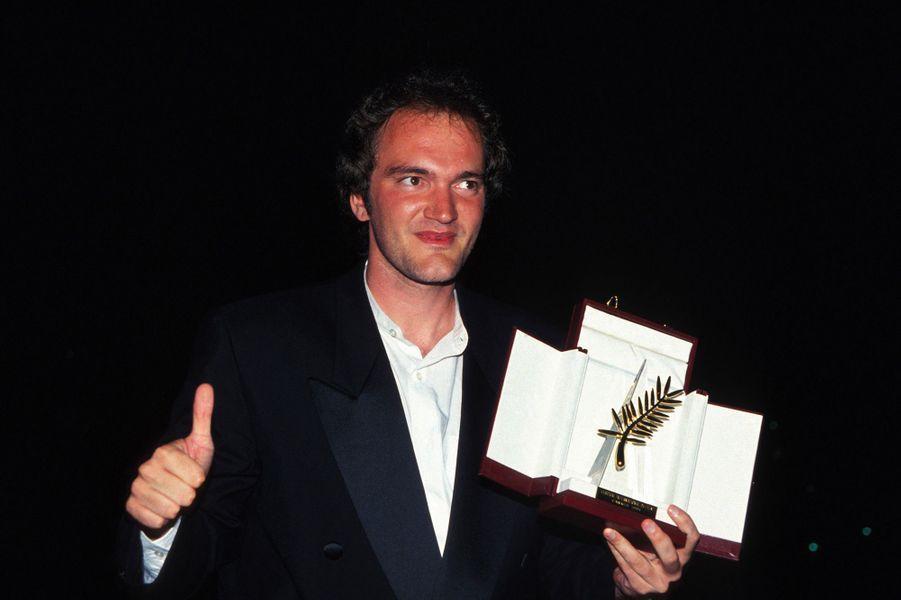Festival de Cannes 1994: Le doigt levé de Quentin TarantinoEn 1994, c'est Quentin Tarantino qui remporte la palme d'or pour son film (devenu culte) «Pulp Fiction». Une palme d'or qui ne fait pas l'unanimité. En effet, dans le public du grand théâtre lumière, une femme lance: «Quelle daube, mais quelle daube!» Réponse du réalisateur: un doigt levé.