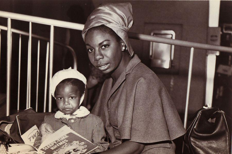 Nina Simone avec sa fille en 1967