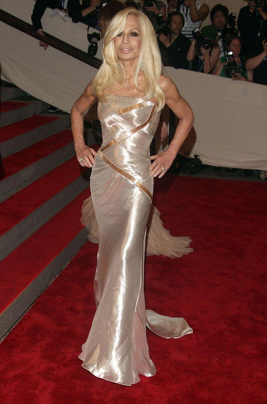 Donatella Versaceau Met Gala à New York le 3 mai 2010