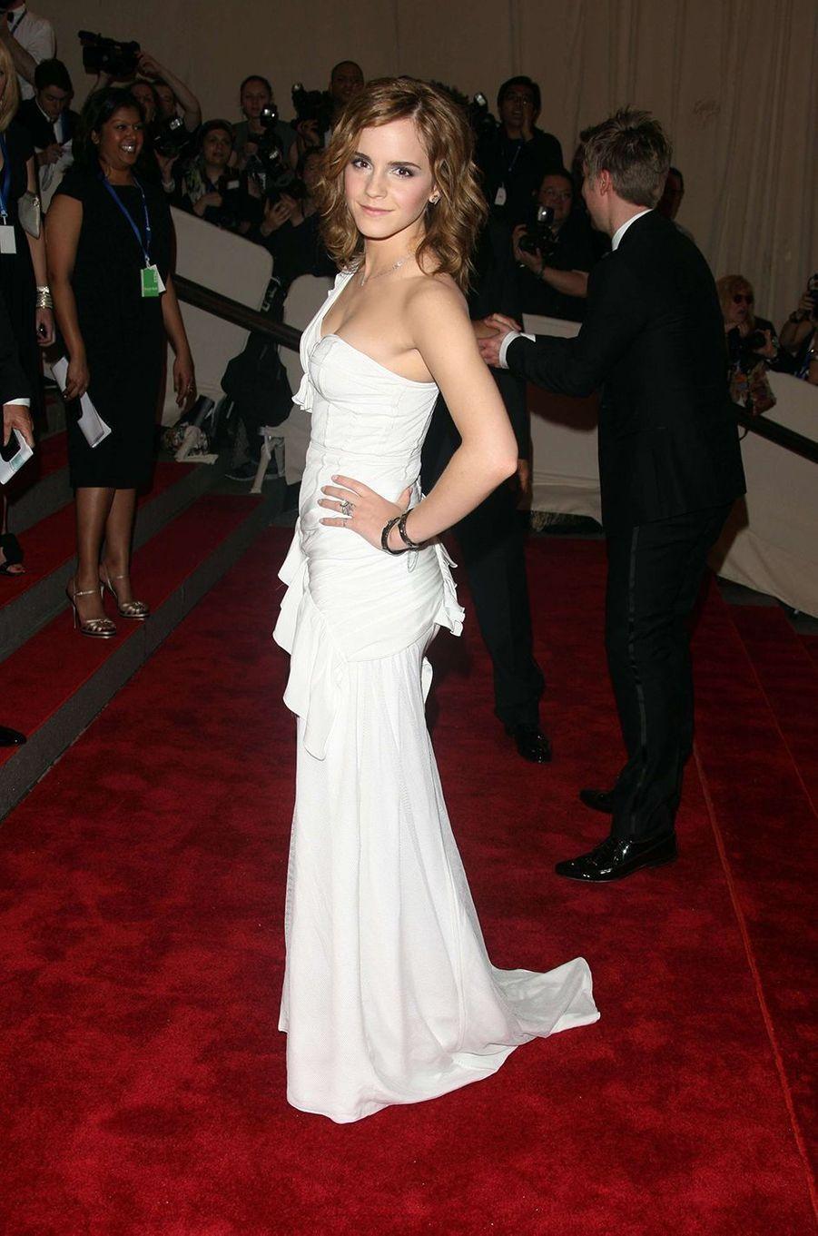Emma Watson au Met Gala à New York le 3 mai 2010