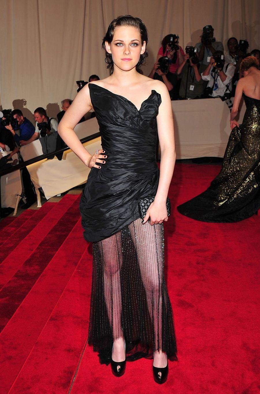 Kristen Stewartau Met Gala à New York le 3 mai 2010