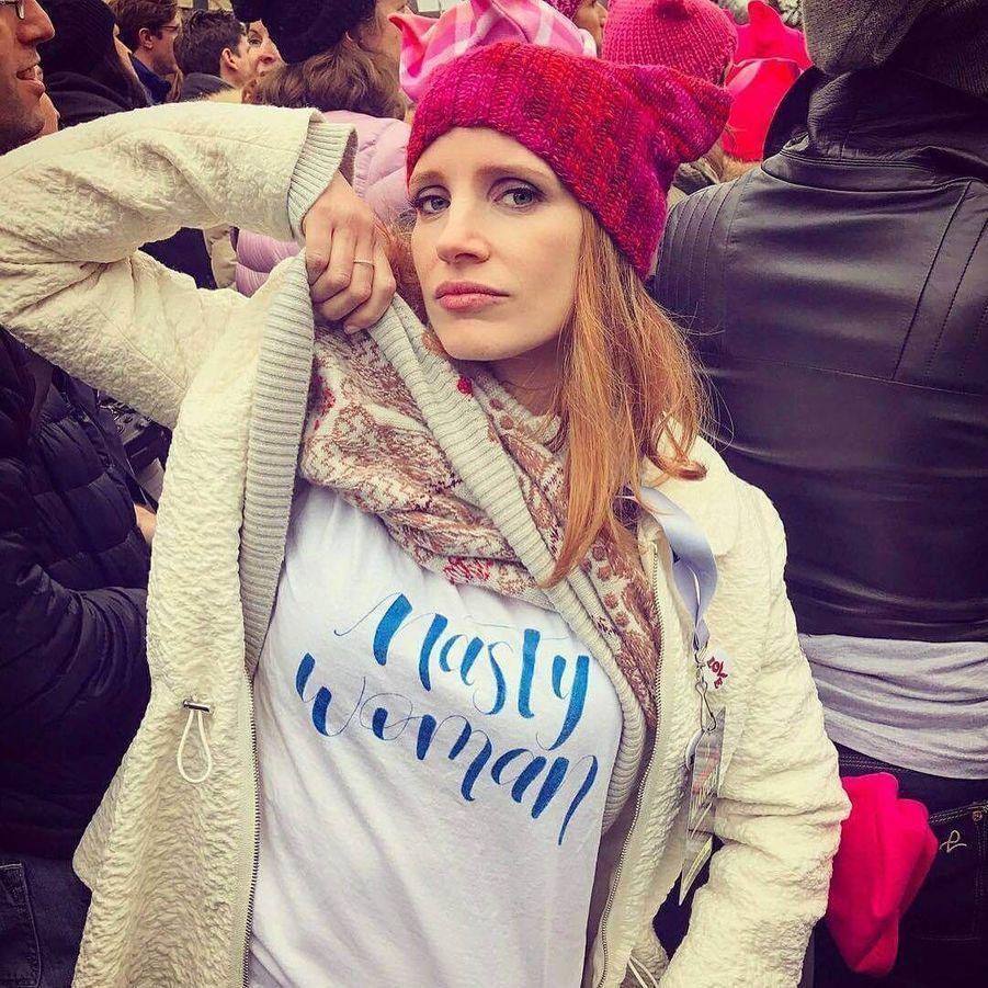 Jessica Chastain à la marche pour les droits des femmes.