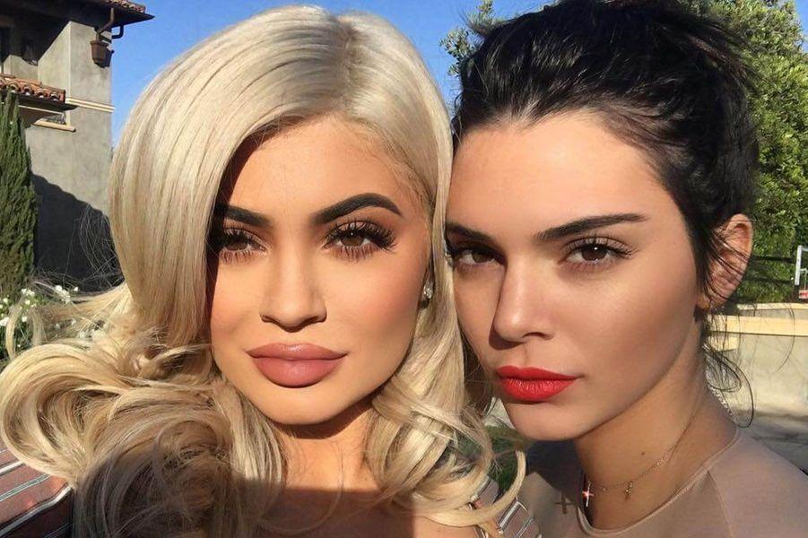 Kendall avec sa soeur Kylie.
