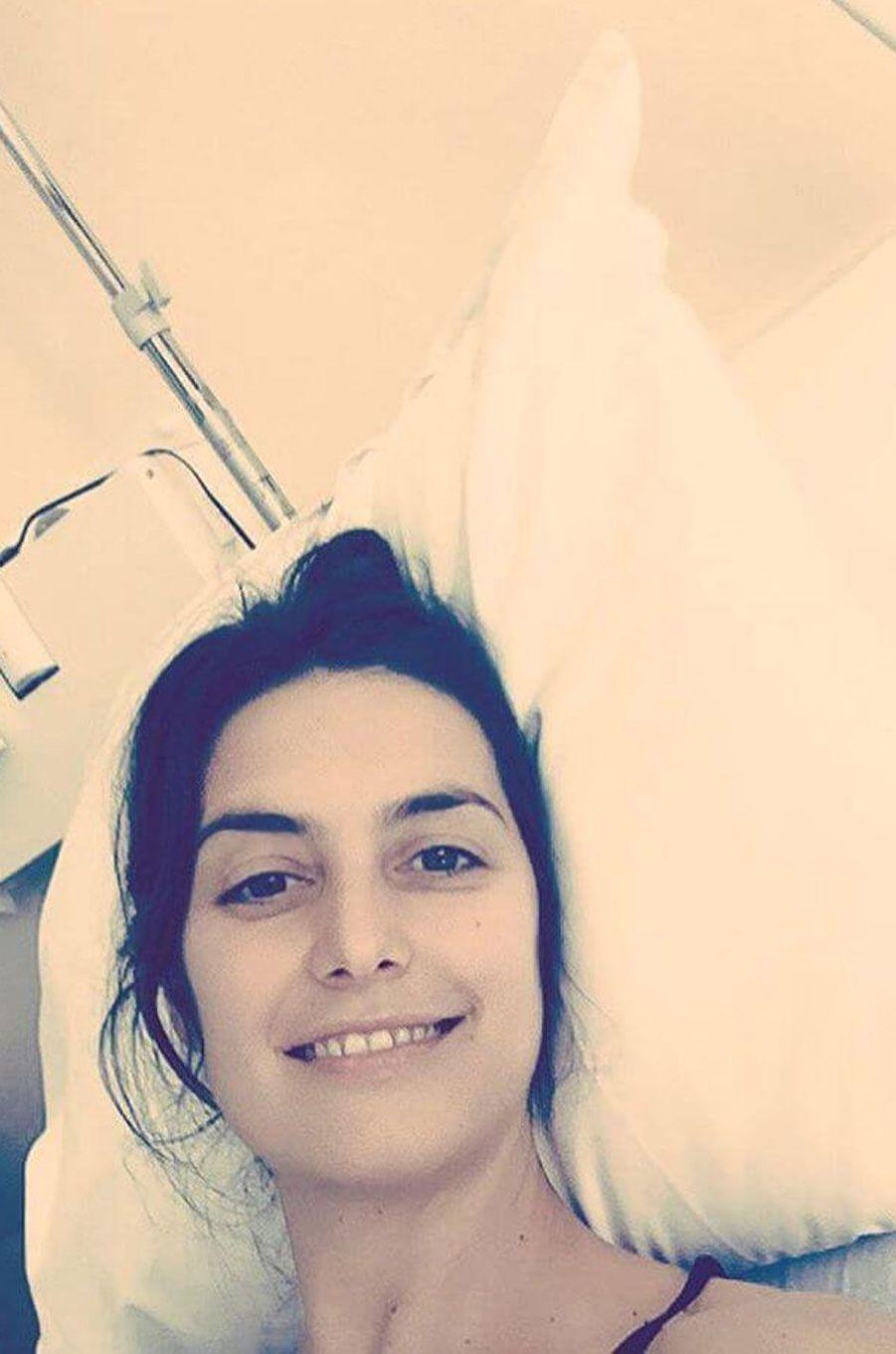 Laetitia Milot se remet de son opération.