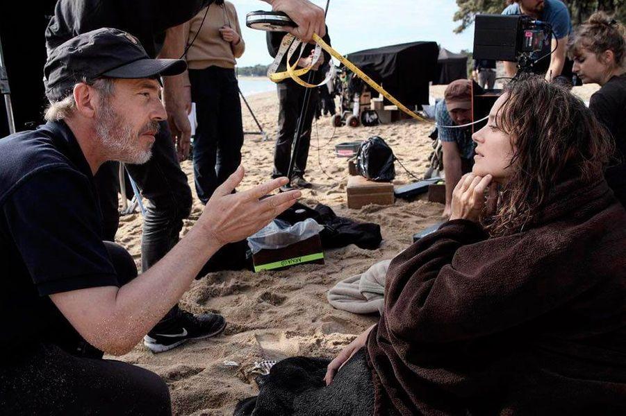 Marion Cotillard sur un tournage