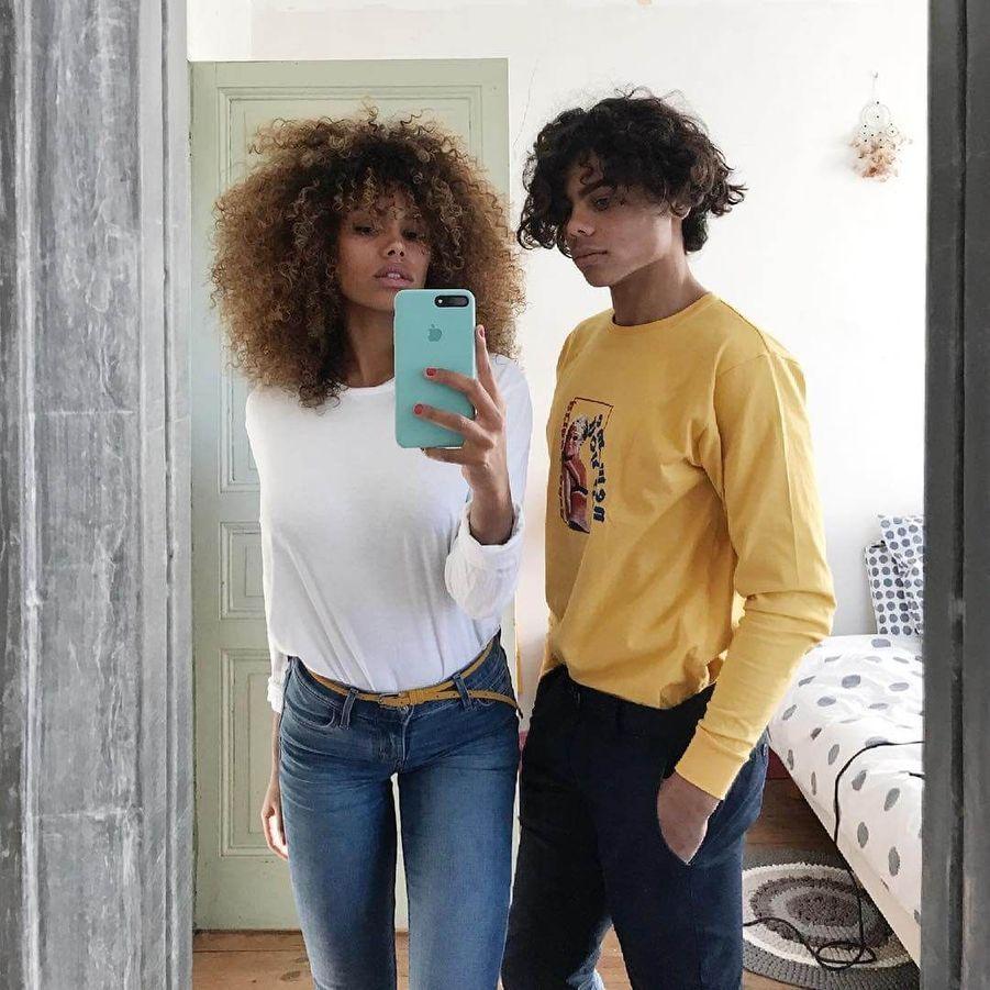 Tina Kunakey avec son frère.