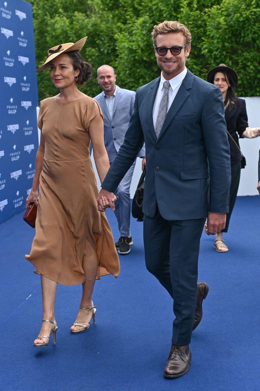Simon Baker et son épouse Rebecca Riggà Chantilly, le 16 juin 2019