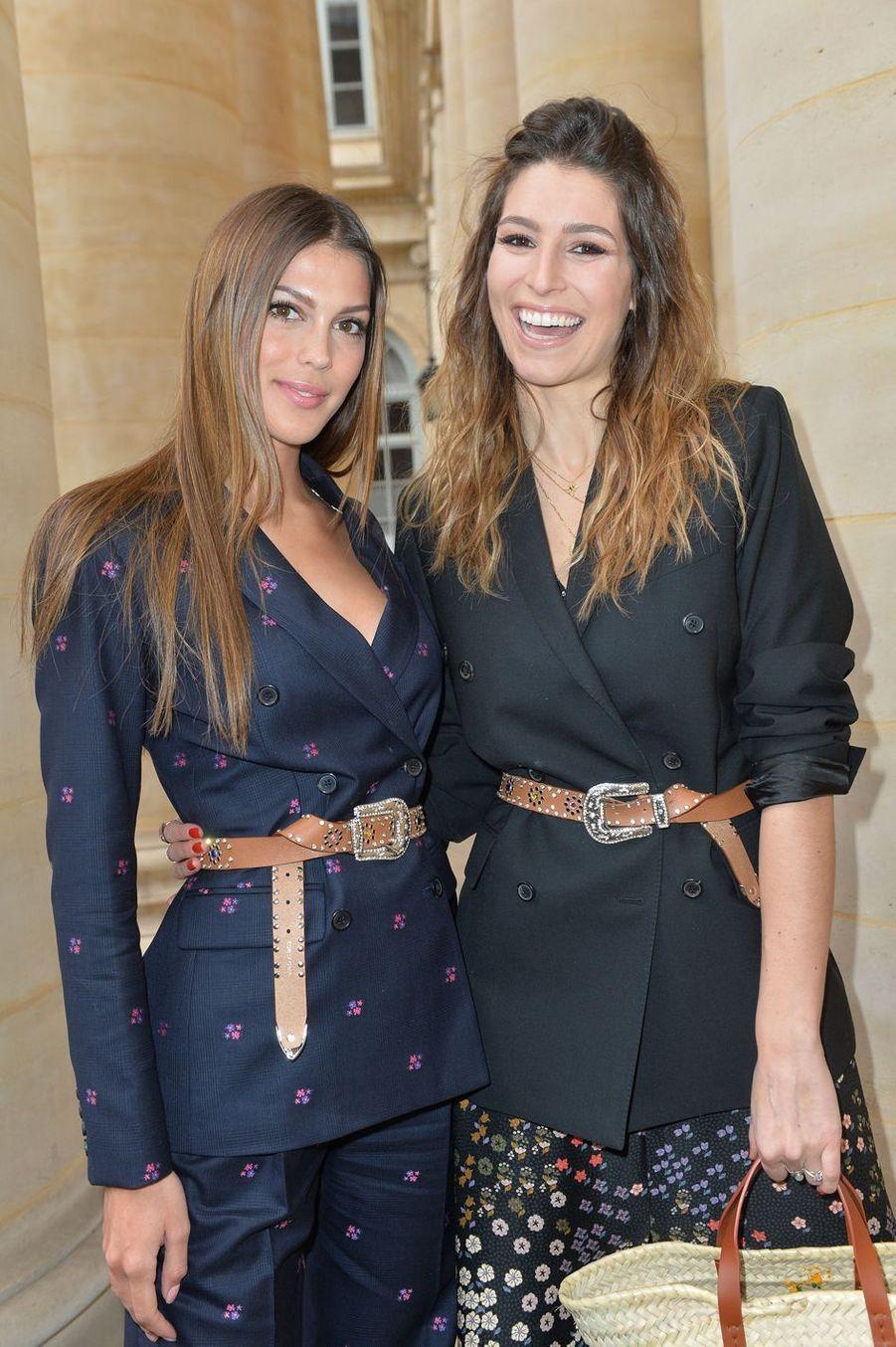 Iris Mittenaere et Laury Thilleman lors du défilé Paul & Joe à Paris, le 3 mars 2019