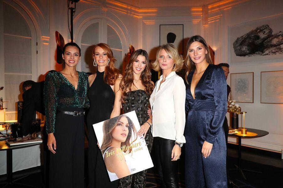 """Iris Mittenaere, avec les anciennes Miss France, à la soirée de lancement de son livre """"Toujours y croire"""", mardi 6 novembre"""