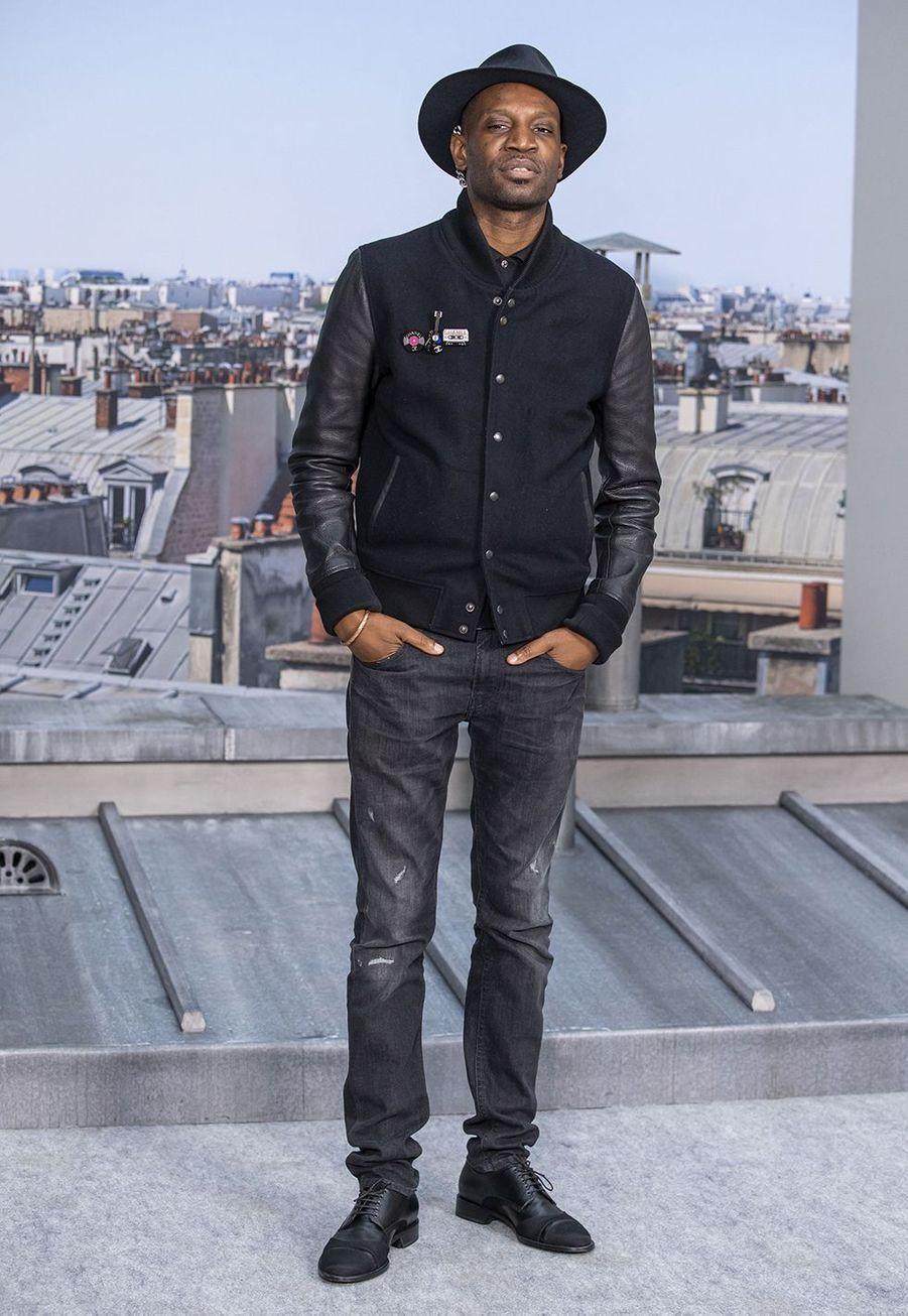Abd Al Malikau défilé Chanel à Paris le 1er octobre 2019
